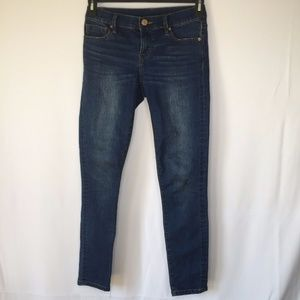 BDG Womens Size 26 Medium Wash Twig Mid Rise Skinn